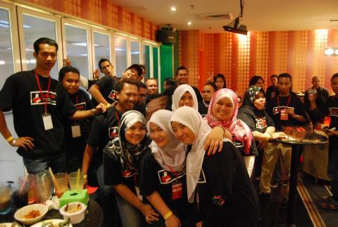 FungkurFM 214